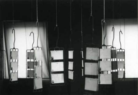 taiguara-alves-giannotti-installazione-scheda-individuale-operai-01