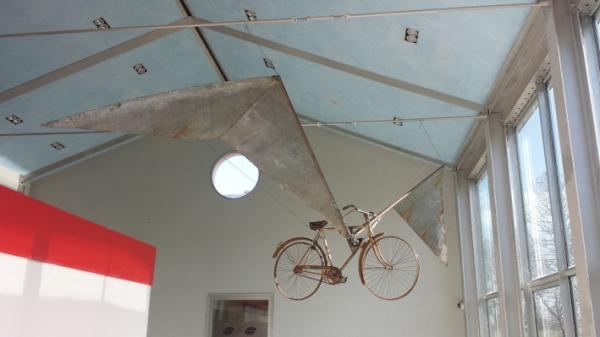 bicicleta con le ali 2014, ferro 600 x 200 cm 001